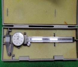 다이알버니어캘리퍼스 150mm