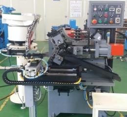 3다이스전조기(중공제품전조용,파이프전조용)자동공급시스템.