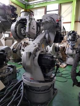 산업용로봇,야스카와로봇,핸들링로봇,다관절로봇,6관절로봇,H/D ROBOT