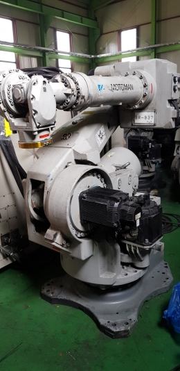산업용로봇,야스카와로봇,다관절로봇,6관절로봇,핸들링 ROBOT