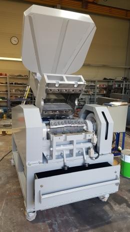 플라스틱고속분쇄기(IHC-20)시간당510kg생산