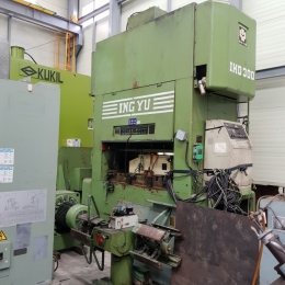 잉유 고속프레스 300톤(1997) INGYU 300TON HIGH SPEED PRESS IHD-300