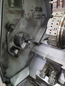 현대위아 10인치 CNC선반 SKT-250L F-0iTC 최대가공500*길이1300 3600RPM