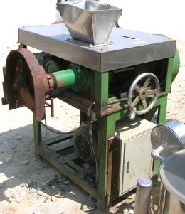 펠렛기,펠릿기,펠렛밀,펠릿밀,펠렛압출기,펠릿압출기,사료생산기계,비료생산기계