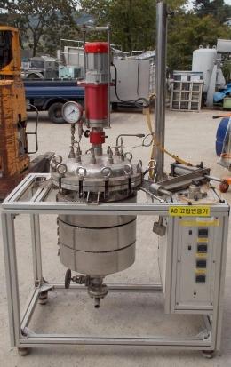 반응기,고압반응기,반응탱크,고압반응탱크,촉매반응기,촉매반응탱크