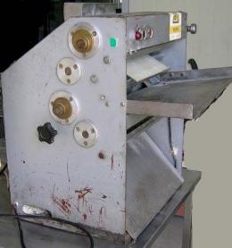 피자반죽로라,피자반죽롤,피자반죽기,피자반죽기계,중고피자반죽기,중고피자반죽기계