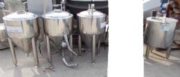 소형탱크,스텐탱크,저장탱크,스텐저장탱크,음료저장탱크,액상저장탱크,액체저장탱크,중고저장탱크