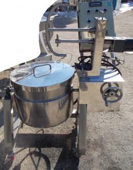 이중교반솥,교반형이중솥,교반기,교반탱크,믹싱탱크,혼합탱크,배합탱크