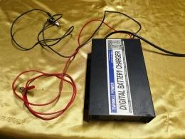 DIGITAL BATTERY CHARGER,충전기, 디지털 자동충전기