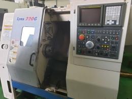 두산 6인치 LYNX-220G CNC선반