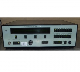 Bruel & Kjaer Sine/Noise Generator type 1049