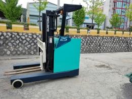 SUMITOMO(스미토모) 2.5톤 리치 전동지게차