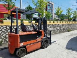 NISSAN(닛산) 2.8톤 전동지게차