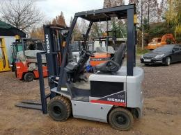 NISSAN 1.5톤 전동지게차