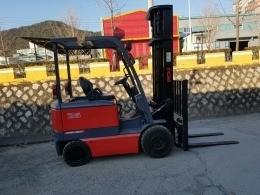 TCM 2.5톤 전동지게차