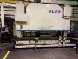 CNC 절곡기 4500 x 400T LVD PPEB400/45