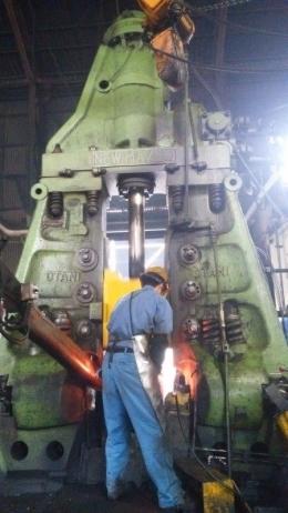 오타니 1.35톤 헤머