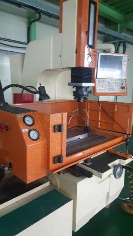 방전가공기  N450UM (일체형)