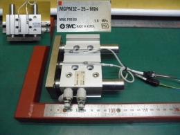 MGPM32-25-M9N SMC 가이드 실린더