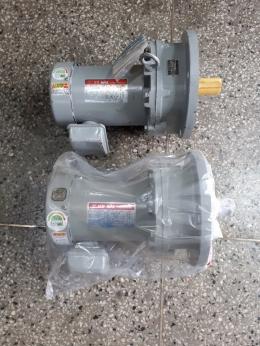 삼양감속기/1마력 20:1 버티칼모터 /0.75KW/4P/220-380V/버티칼모터