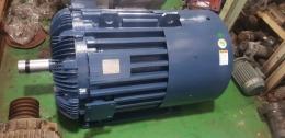 효성 150KW 8극 380V / 효성 200마력 모터