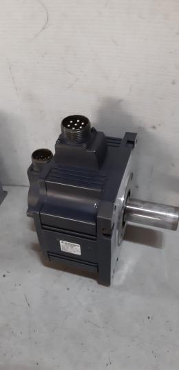 HC-SFS202 / MITSUBISHI AC SERVO MOTOR  2KW
