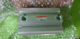 TPC AQ2B63-75D / AIR CYLINDER / 에어실린더 / 미 사용품 박스