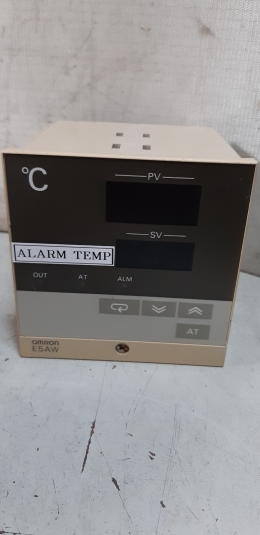 OMRON E5AW-R1KJ / TEMPERATURE CONTROLLER /콘트롤러