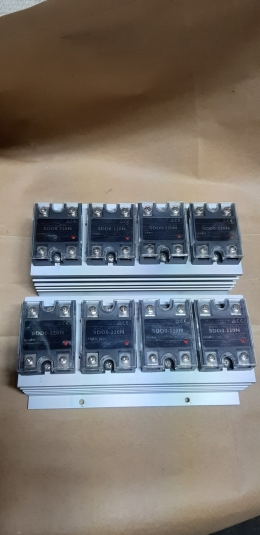 UNION SDD0-220N / 24VDC 20A SOLID STATE RELAY
