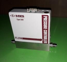 MKS 649  PRESS CONTROLLER 압력 컨트롤러 질량유량 제어기