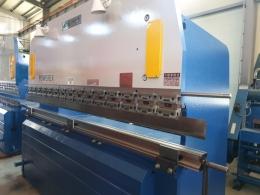 일우산업기계 3M 6T 절곡기