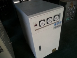 자동전압조정기 전압조정기