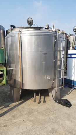 5톤 보온저장탱크