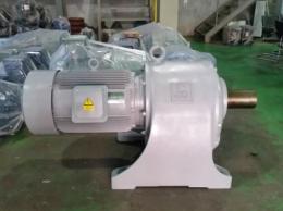 SKK 기어드 모터 75HP*6P*60HZ*220/380V (1/30)