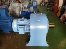 현대 기어드 모터 40HP*4P*60HZ*380V (50:1)