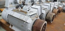 현대 인버터 모터 275KW*6P*60HZ*380V