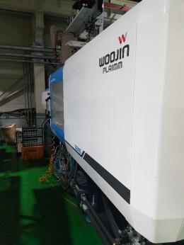 우진사출기 TB200s 2016년 호파 로다 포함 중고사출기 200톤 하이브리드
