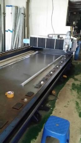 V-커팅기 CNC
