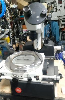 Leitz 공구 현미경