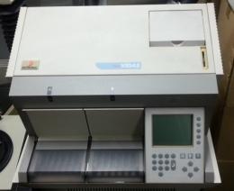 전자동 효소 형광 면역분석기