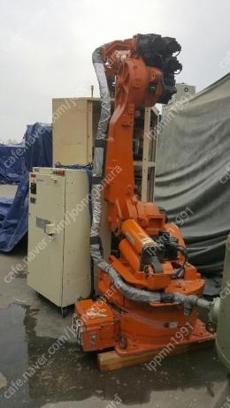 Nachi AX 용접 로봇