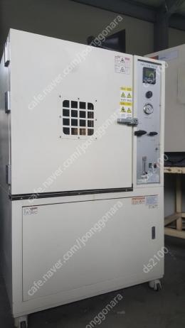 제이오텍 300도 산업용 건조 오븐 입니다. 55x58x60(cm)