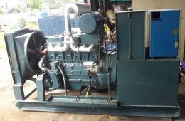 비상용발전기(중고비상용발전기)대우만엔진75kw발전기 급판매