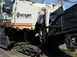 노면파쇄기(중고노면파쇄기)비르트겐wirtgen2000DC급매