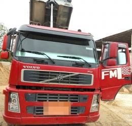 덤프트럭(중고덤프트럭)볼보440오토,무감속2010년식 급판매