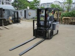 TCM 3톤 전동 지게차 7시리즈 2011년식 1.500만원