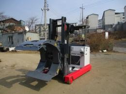 니찌유 3.5톤 전동 지게차 75시리즈 롤크램프 2009년식 1.400만원