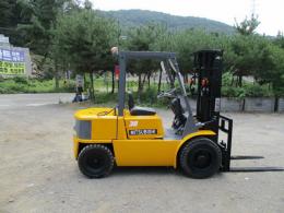 미스비시 3톤 지게차 가솔린 LPG 겸용 3단마스트 4.7미터 사이드쉬프트 1.100만원