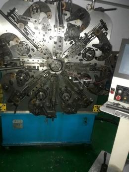 스프링CNC40기계