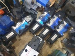 TOKIMEC 밸브 [DG4V-5-2AL-M-U7L-H-40-RPX-K]